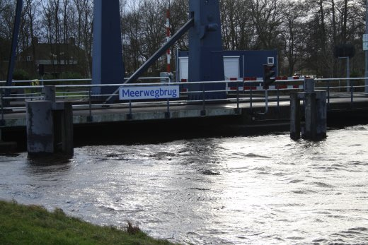 Meerwegbrug (water level)