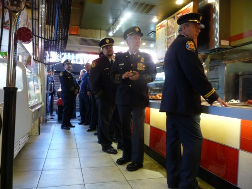New York - firemen at Sbarro